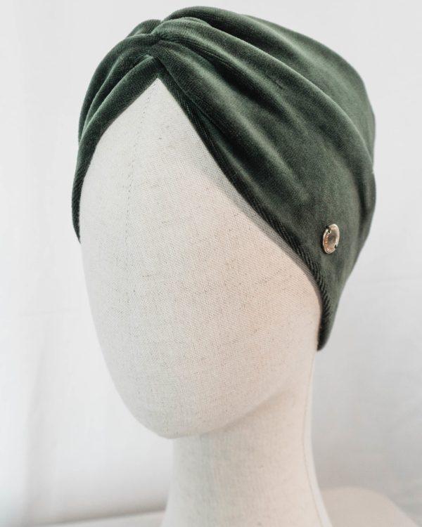 Nachhaltiges Stirnband RUFFLE Green Biobaumwolle handgefertigt in Deutschland Nicki Gruen 8 scaled <ul> <li>Handgefertigt in Deutschland</li> <li>100% Baumwolle (Bio)</li> <li>vegan</li> </ul>
