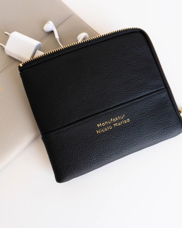 PURE BEIGE Accessory bag Zubehörtasche aus veganem, schwarzen Leder made in Germany Manufaktur Nicola Marisa (2)