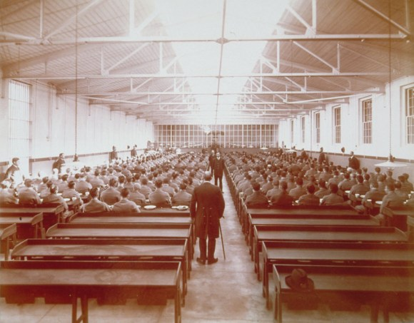 Convict dining hall, Connecticut State Prison, Wethersfield, 1914. Connecticut Historical Society collections.