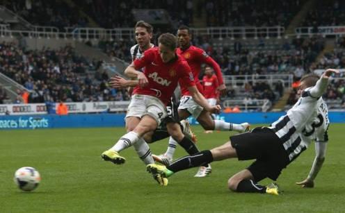 Januzaj scoring the fourth against Newcastle