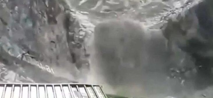 चार लोगों की अमरनाथ गुफा के पास बादल फटने की घटना में मौत, कई अभी भी लापता