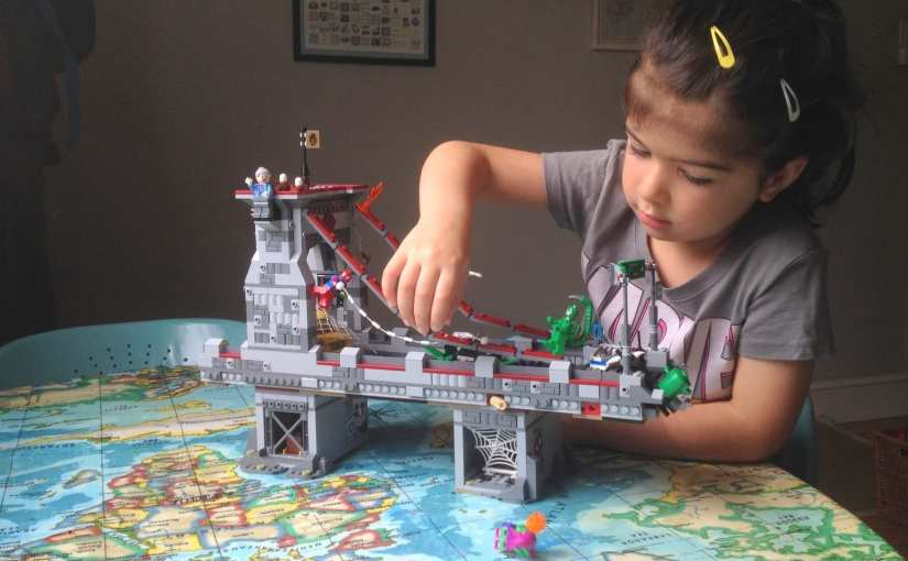 LEGO Marvel Superheroes – Spider-Man Web Warriors Ultimate Bridge Battle (76057)