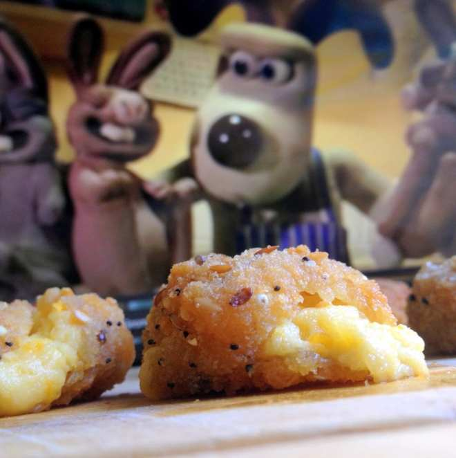 wallace-and-gromit-food-wensleydale-breaded-cheese-iceland