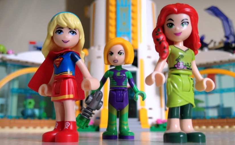 LEGO DC Super Hero Girls Super Hero High set (41232), Supergirl, Lena Luthor, Poison Ivy,