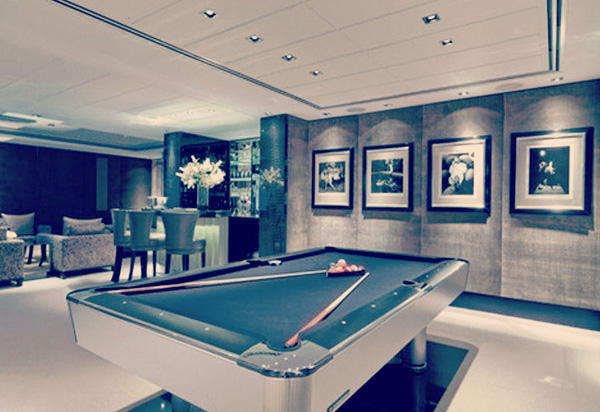 Man caves: Legendary