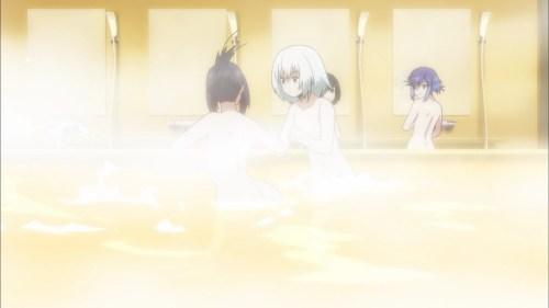 お風呂に入る神無のぞみと宮田さやか(第7話画像)