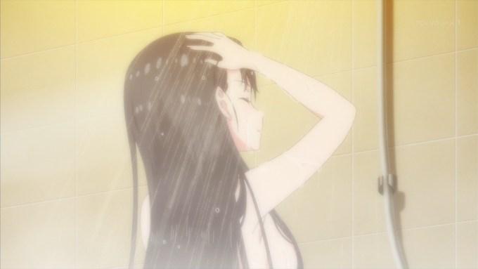 シャワーを浴びる堀北鈴音