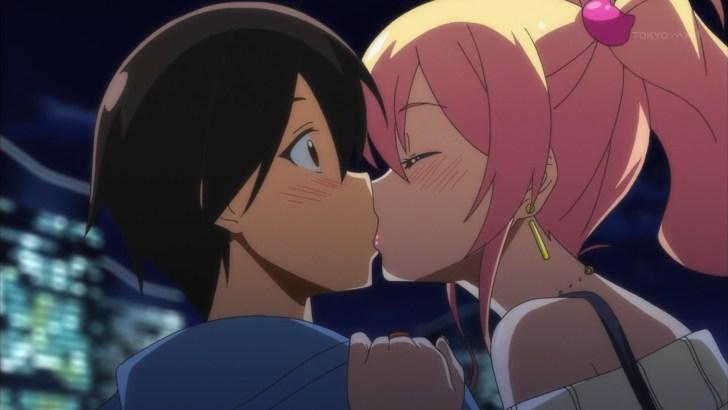 羽柴ジュンイチと八女ゆかなのキス