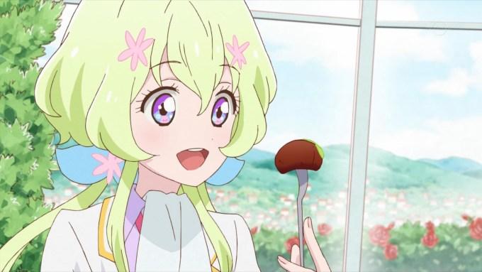 ステーキを食べる双葉アリア