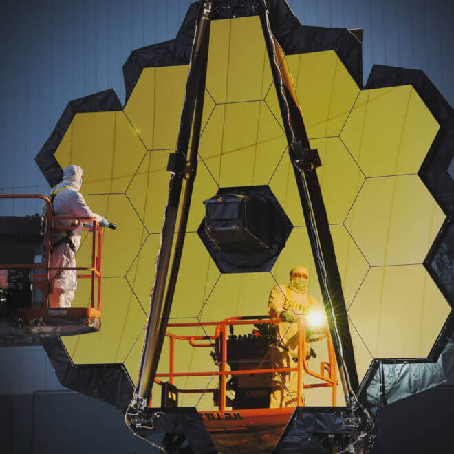 Engineers conduct a white light inspection on NASA's James Webb Space Telescope in the clean room at NASA's Goddard Space Flight Center, Greenbelt, Maryland. Credits: NASA/Chris Gunn