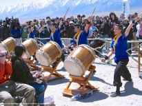 2009 Manzanar Pilgrimage (40th)-H20-02