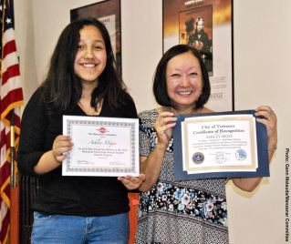 Student Awards recipient Ashley Mejia with Manzanar Committee member Colleen Miyano