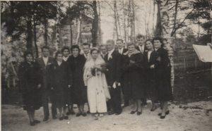 Ślub Ireny i Zygmunta Ratajczaków w 1958 roku. (Rodzina Ratajczaków i Prawickich)