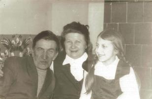 Państwo Komsta z córką Ireną.