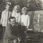 Józef Wincewicz z wnuczkami (Rodzina Wincewiczów)