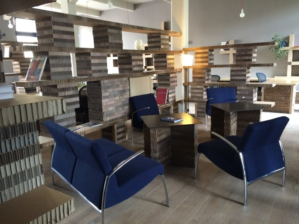 Offbeat Prague: Co-working space made of cardboard