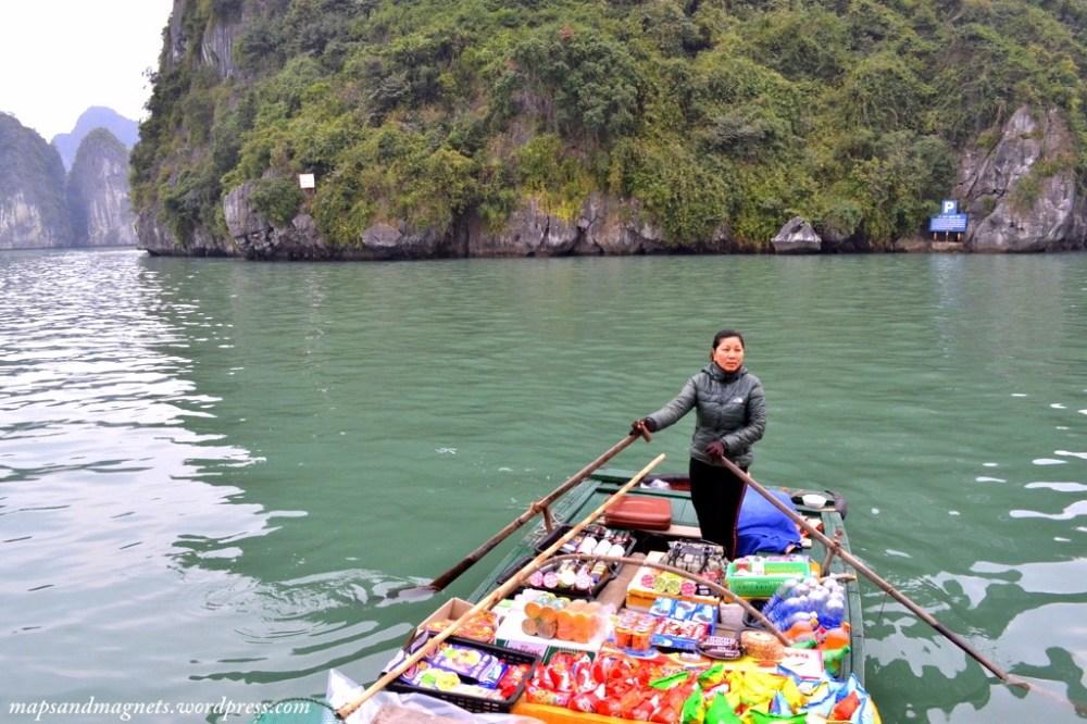 ha long bay selling groceries