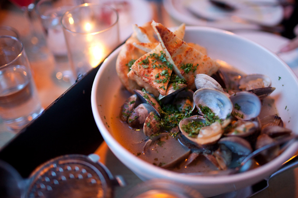 Steamed Clams at Black Bottle