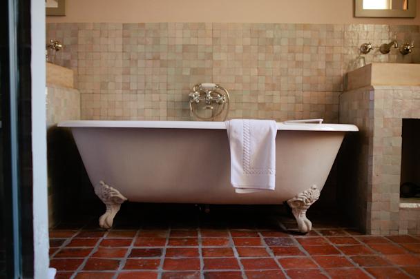 Crillon le Brave Bathroom