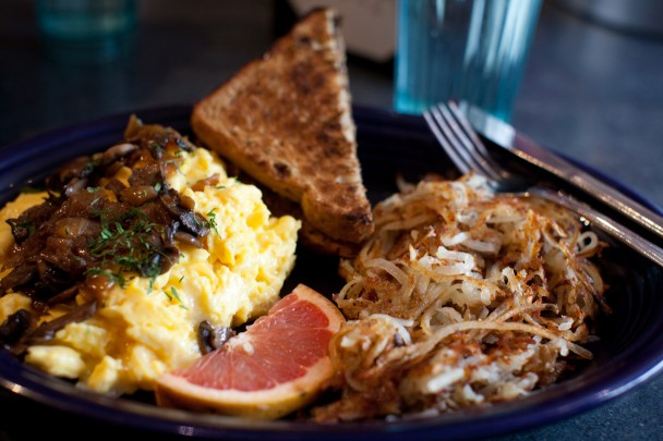 Breakfast-Scramble-at-Hot-Suppa