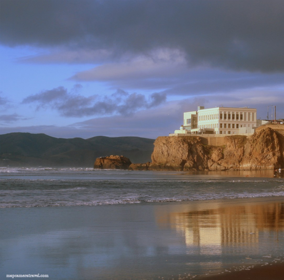 Cliff_House_from_Ocean_Beach