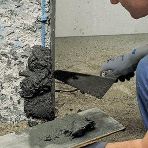 Làm phẳng và bảo vệ bề mặt bê tông