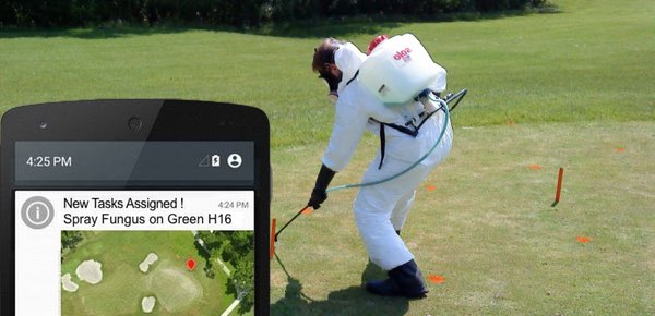 golf-course-maintenance-spray-fungus-golfgage-fieldapp