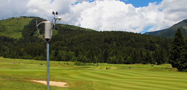 golf-iot-weather-sensor-small