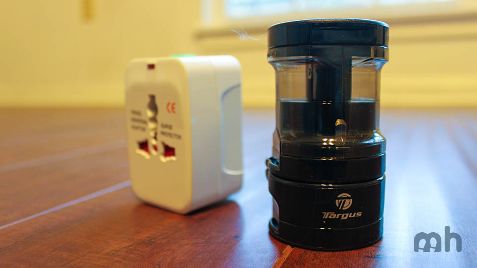 The Best Travel Adapter for Going Overseas via @maphappy