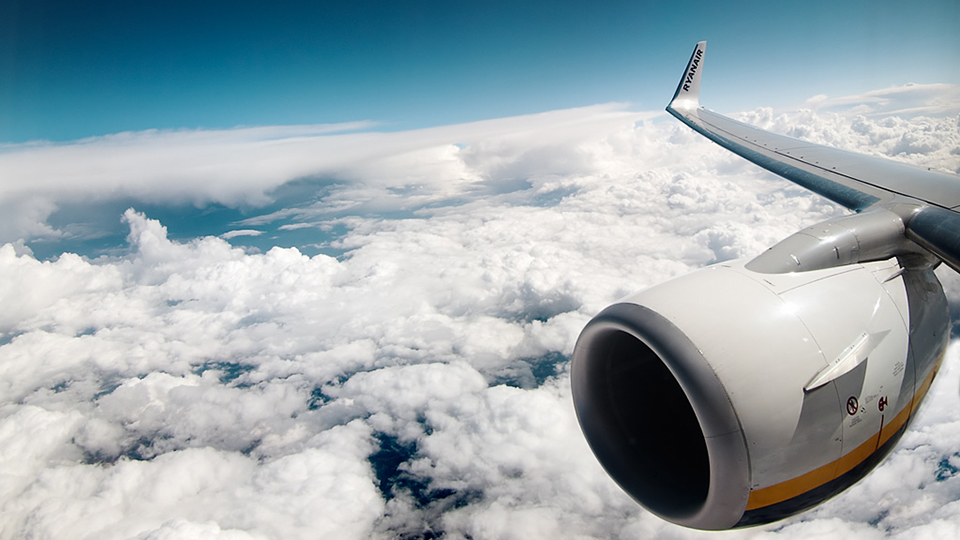 When Should You Actually Buy Frequent Flyer Miles? via @maphappy