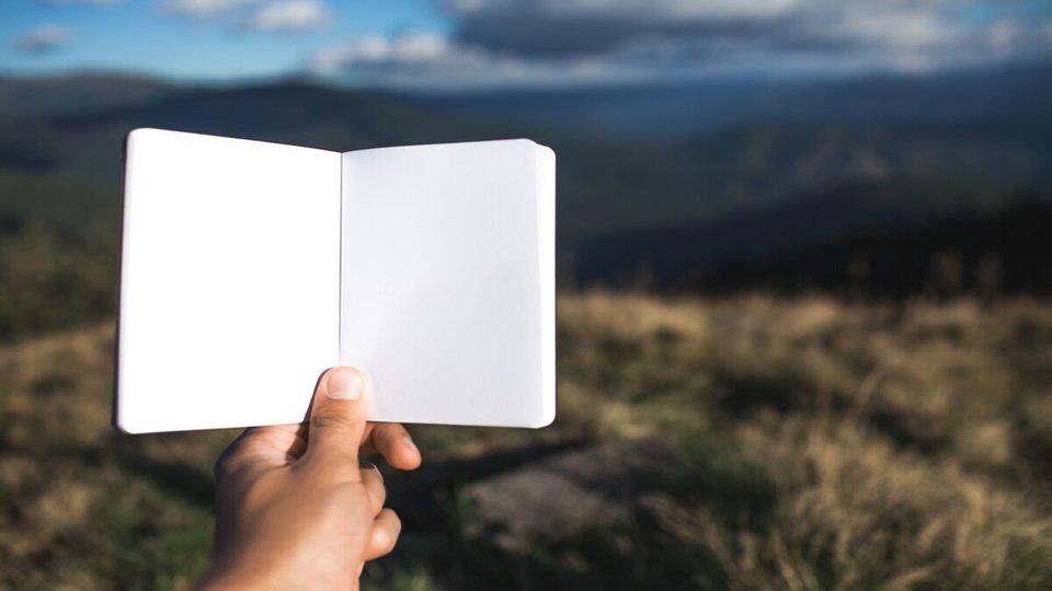 Why Travel Notebooks Won't Be Extinct Anytime Soon via @maphappy