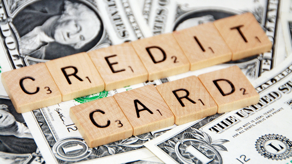 The Pros and Cons of Playing the Credit Card Game via @maphappy