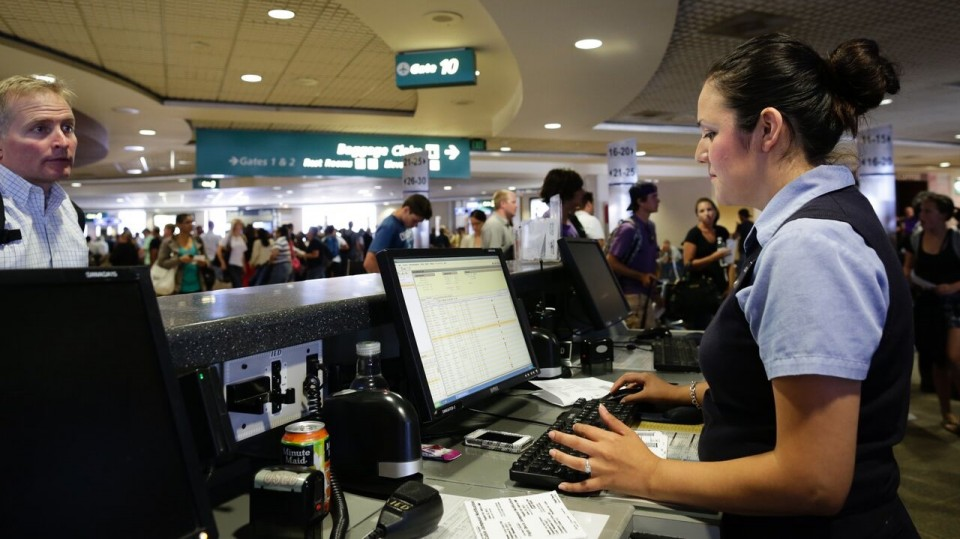 Getting Into Contact With Airline Customer Service via @maphappy