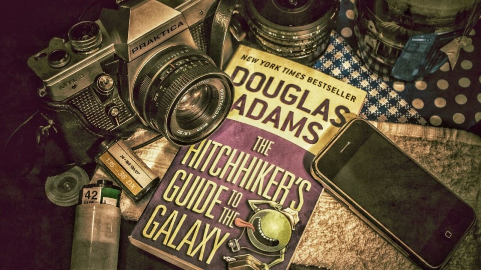 Book Report: The Hitchhiker's Guide to the Galaxy via @maphappy