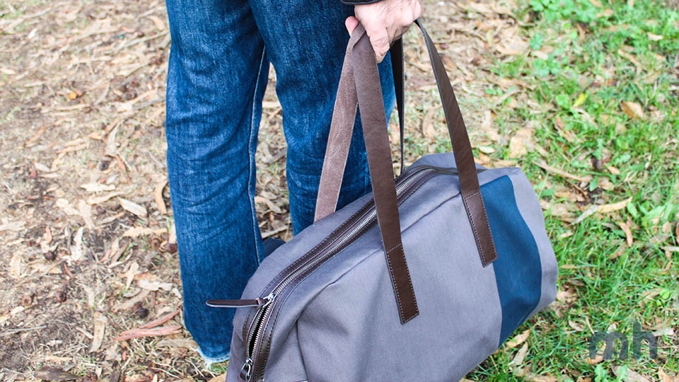 56d93dc8b7 Review  The Everlane Weekender Only Looks Good. That s It.