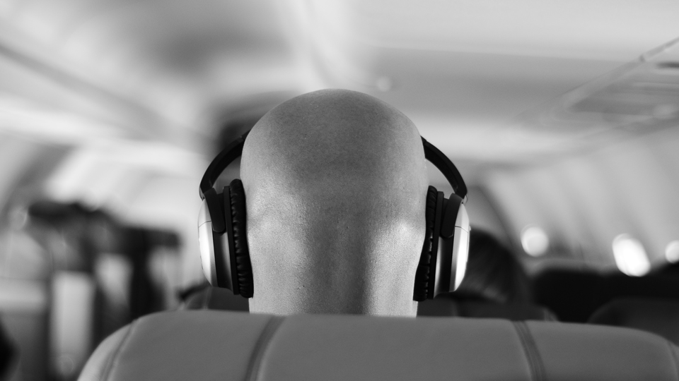 Try These Ingenious Hacks for Cheaper In-Flight Wi-Fi via @maphappy