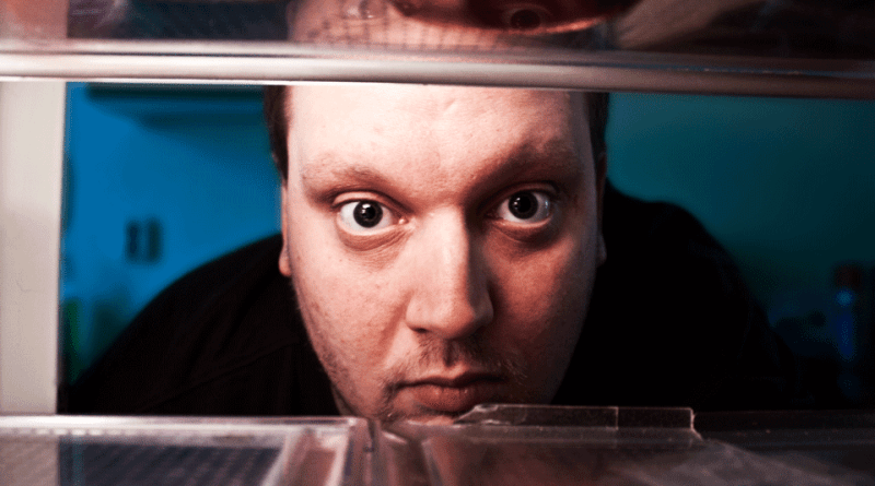Empty Kitchen? These Tips Will Prevent You From Being Hangry After a Trip