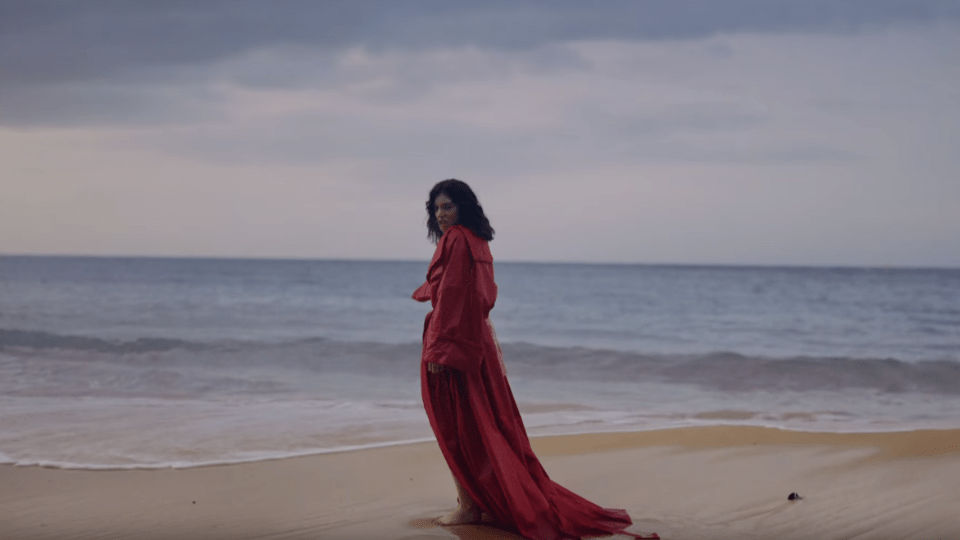 "Lorde's ""Perfect Places"" Music Video Is Out via @maphappy"