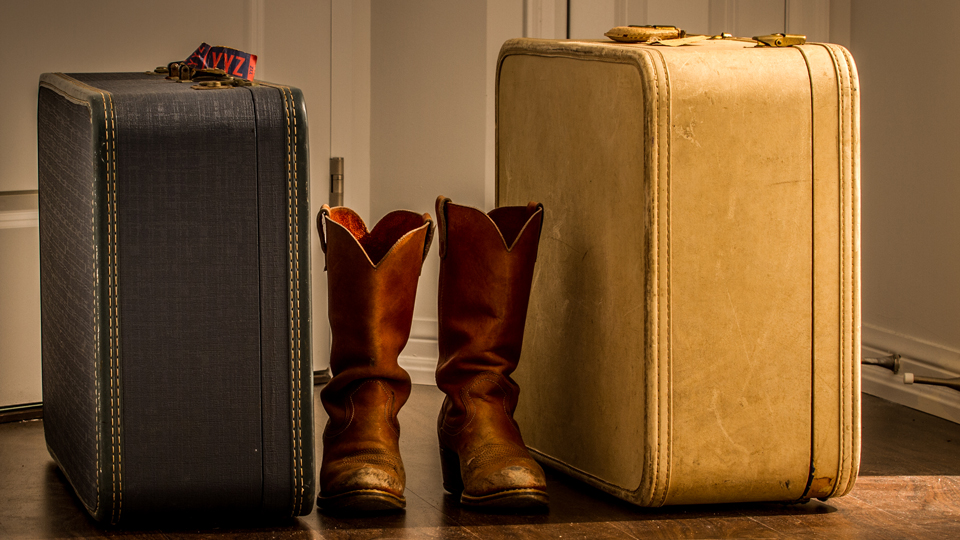 How To Pack Under the 7 kg Limit for Carry-On Luggage via @maphappy