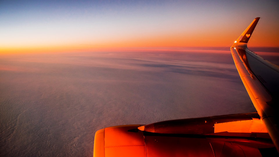 This Is What It's Like To Go On a Flight to Nowhere via @maphappy