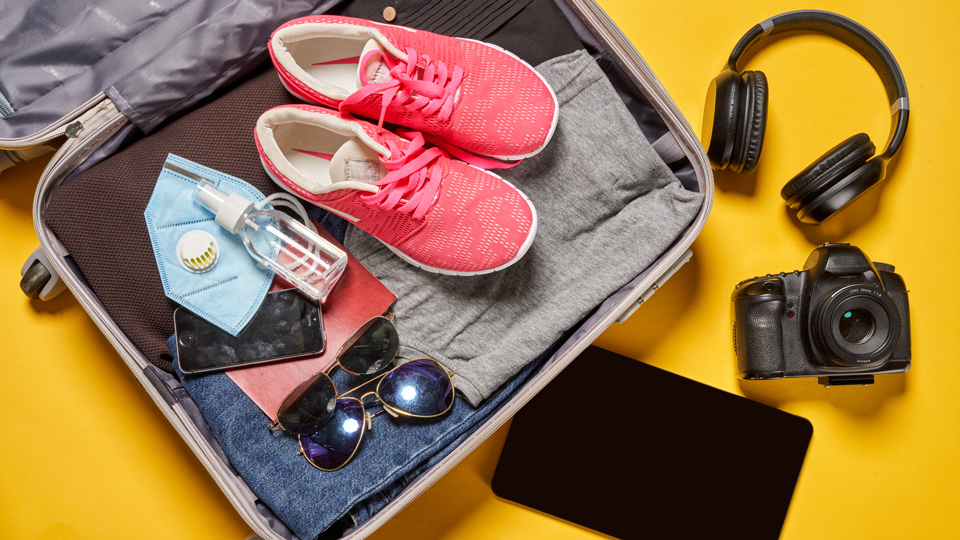 Join Our Talk: Packing the Right Travel Gear for Your Next Trip via @maphappy