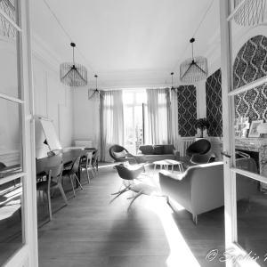 Photo noir et blanc de décoration intérieure