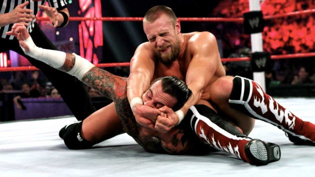 hd-image-of-daniel-bryan-fighting-in-a-ring