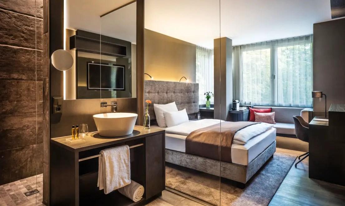 1-Zimmer Wohnung zu vermieten, Mendelssohnstraße 79,60325 Frankfurt