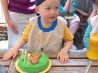 Green bear cake!