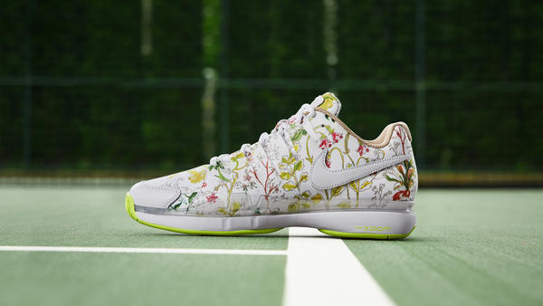 NikeCourt-X-Liberty-Air-Zoom-Vapor-9.5 Maple Mag