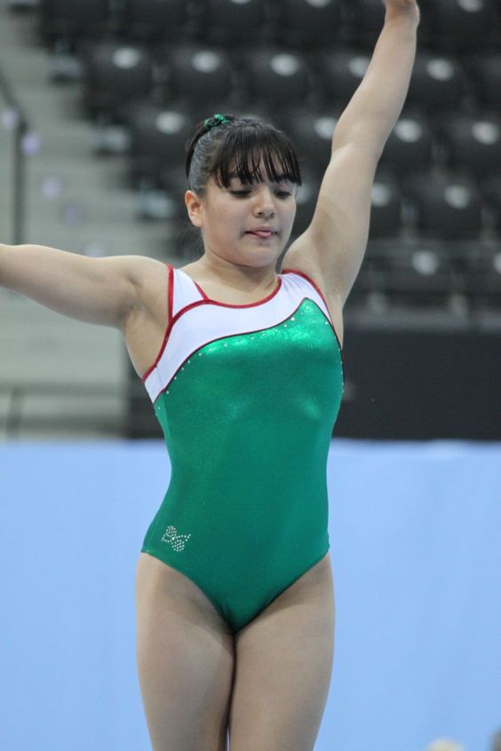 Alexa-Moreno-Gimnasia-Mexico Maple Mag
