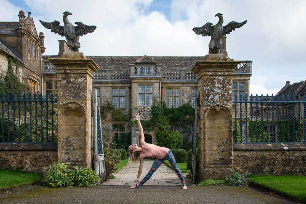 Triangle Pose - yoga to improve blood flow on your wedding day
