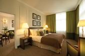 ring-hotel-room