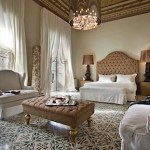 7 Rooms Villadorata: luxury in an old palazzo in Noto, Sicily